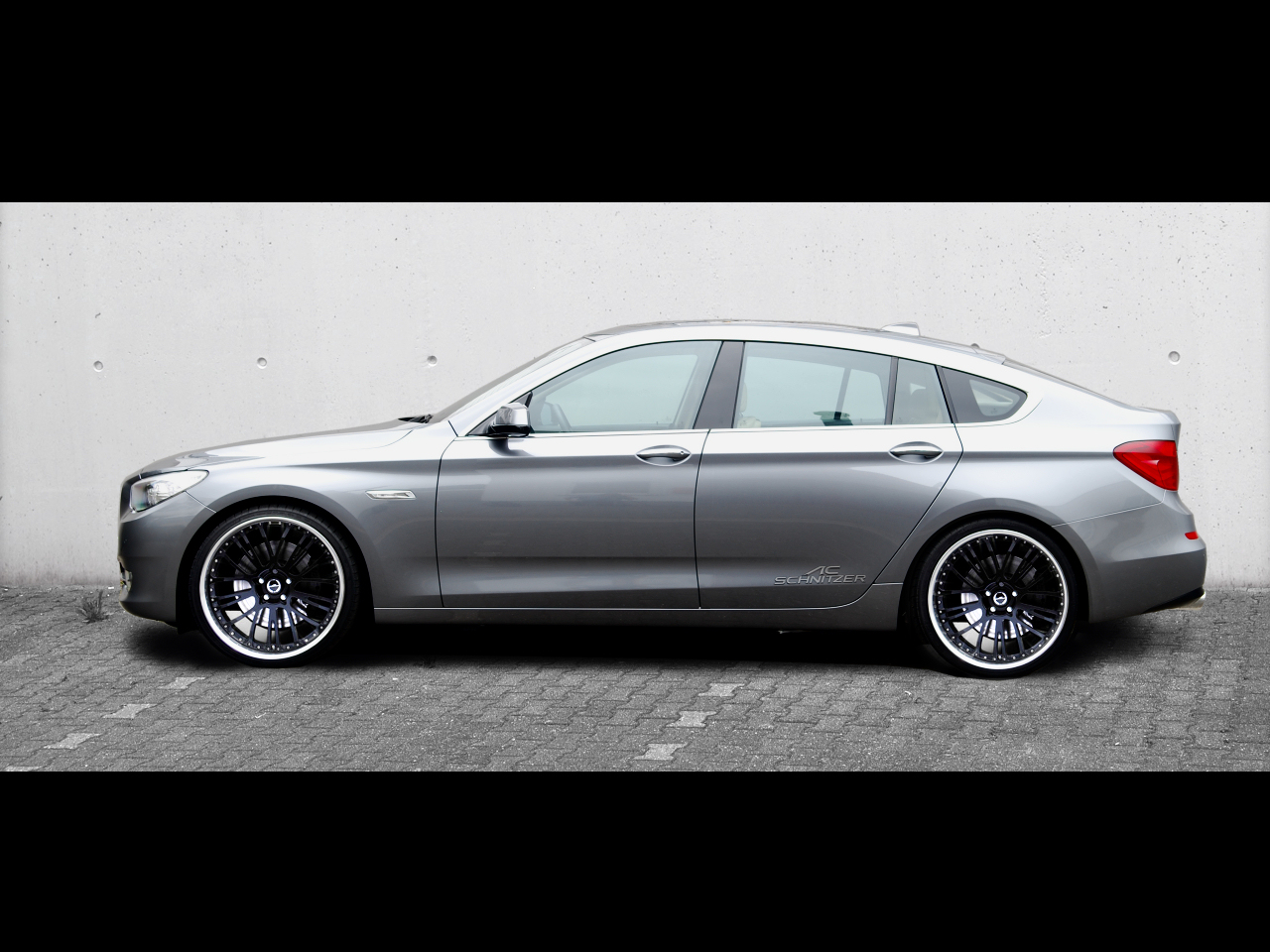 BMW 5-Series GT With AC Schnitzer Wheels